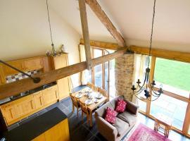 Farm Stay Taw Valley Cottage, Umberleigh Bridge