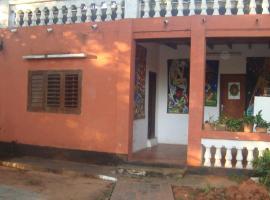 La casa de Víctor-Jacinto, Asuncion