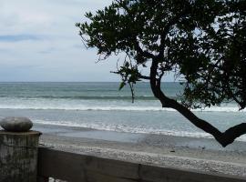 The Beach Nest, Ngakawau