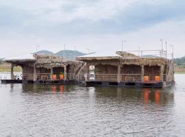 The Tara Cape Resorts, Ban Hin Hak
