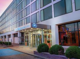 Hilton London Gatwick Airport 4 Star Hotel This Is A Preferred Property They Provide Excellent Service Great Value And Have Brilliant Reviews From