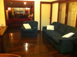 Four Bedroom Home by Cafe Strip, Perth
