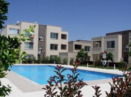 Zephyros Apartment, Mandria