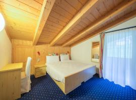 Hotel Sassleng, Canazei