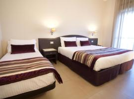 Hotel Europa, Arzano