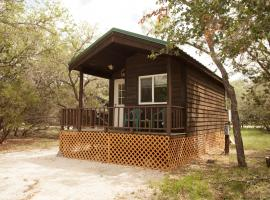 Medina Lake Camping Resort Studio Cabin 1, Lakehills