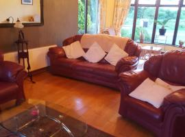 Tulla Villa Self Catering, Riverstown