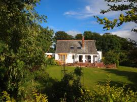 Razani Bed & Breakfast, Annan