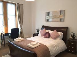Spacious Apartment, Greenock
