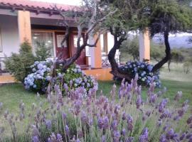 Hostería Las Lomas, Cortaderas