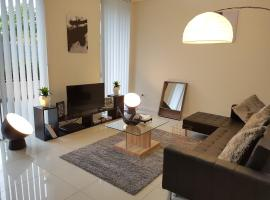 Secured Service Apartment Near Airport and CBD, Sydney