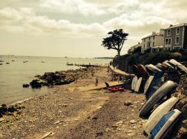 Isle of Wight Seaside Holiday Cottage, Saint Helens