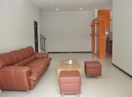 Lodji Wetan Guest House, Sleman