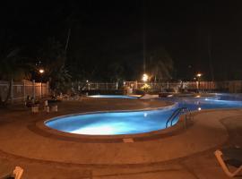Villa de Playa, Dorado