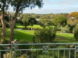 Joondalup Golf Retreat, Perth