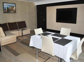 Apartaments Sadovaia, 27, Jalta
