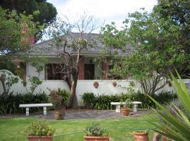 Sunnybrae Cottage, Pinelands