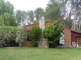 Complejo Los Pinares, Villa Las Rosas