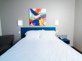 Studio Z Hotel/Extended Stay & Lounge, Saint Robert
