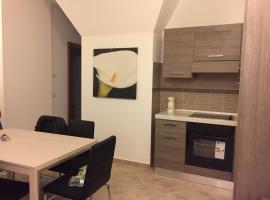 Salieri Apartment, Latina