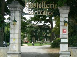 Hostellerie des Cèdres, Villeneuve-de-Rivière