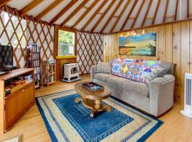 Yurt on the Bay, Bay City