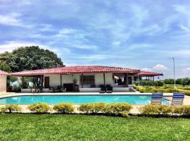Hacienda Villa Hermosa, Cerritos