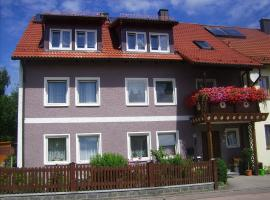 Am Schloss, Saubersrieth