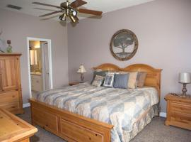 Charming & Relaxing 2 Bedroom, Orlando