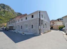 Hostel Pupa