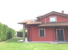 Villa Langa, Trezzo Tinella