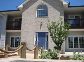 Put-in-Bay Condos 706 Pool View Sleeps 8, Put-in-Bay