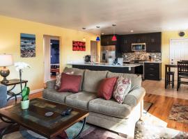 Seaside Retreat - Two Bedroom Home 3733, Montereja