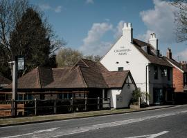 Cromwell Arms Country Pub with Rooms, Romsey