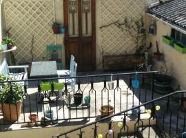 Maison d'amis, Espéraza