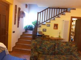 Casa vacanza Marisa, Casale Corte Cerro