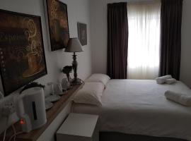 Tokia Self Catering Apartments, Kapské Mesto