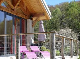 Maison de Vacances Au Clair de Lune, Uzemain