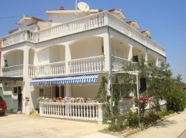 Apartments and Rooms Toni, Vodice