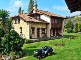 Asturias Alojamientos Naveces, Naveces