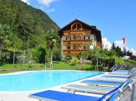 Hotel und Apartments Tannhof, Caldaro