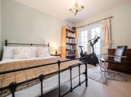 3 bedroom flat in Camden, London
