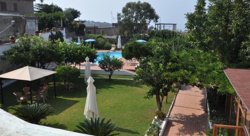 Hotel Savoia Procida Booking