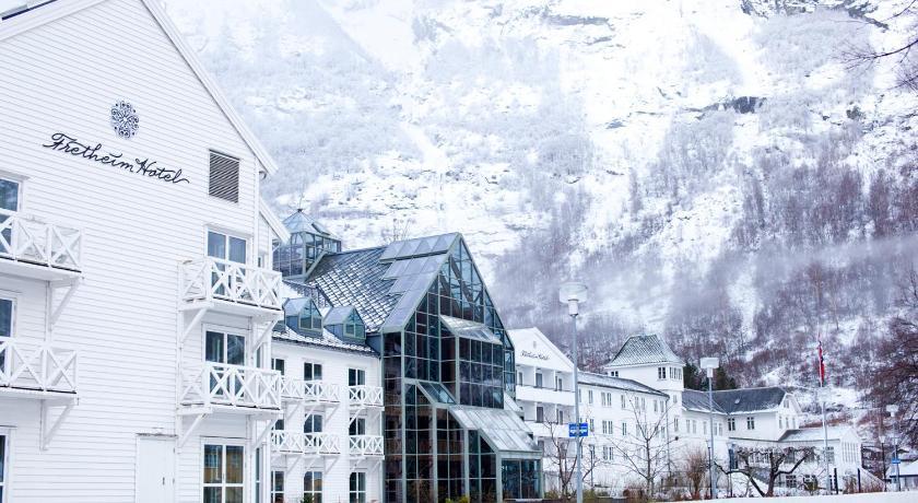 ★★★★ Fretheim Hotel