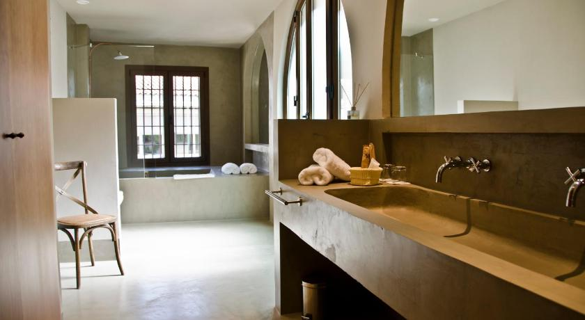 boutique hotels plasencia  21