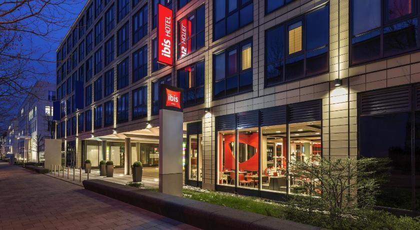 Hotel ibis m nchen parkstadt schwabing munich germany for Design hotel schwabing