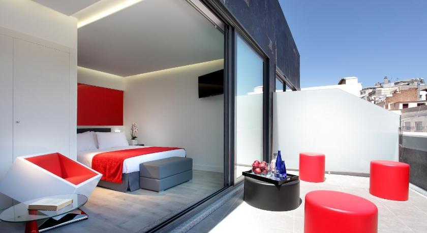 Hotel eurostars central espa a madrid for Central de reservation hotel