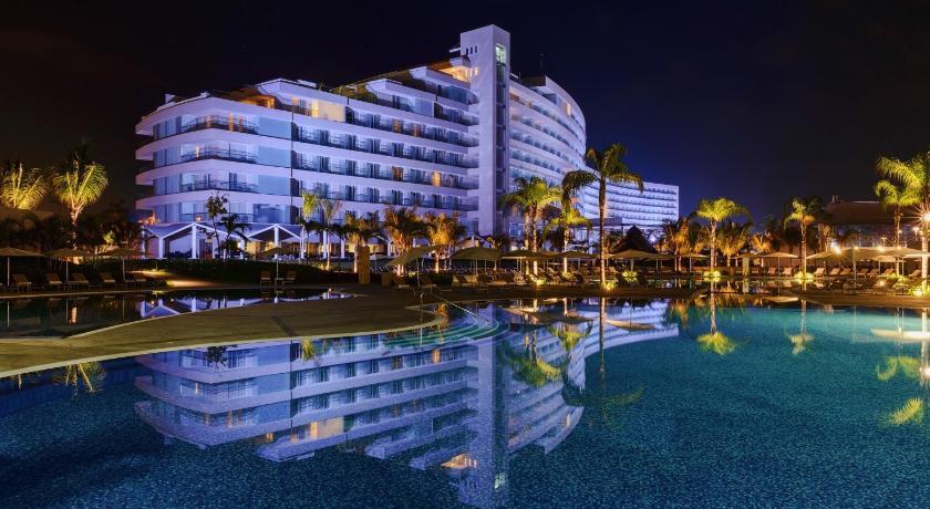 Resultado de imagen para mundo imperial acapulco