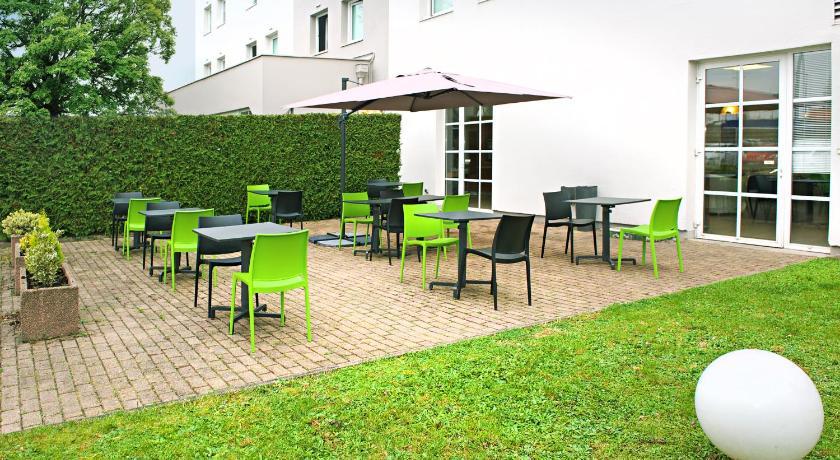 h tel ibis strasbourg ilkirch france geispolsheim. Black Bedroom Furniture Sets. Home Design Ideas