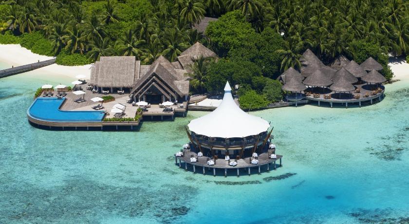 отель 5 звезд Барос Мальдивс